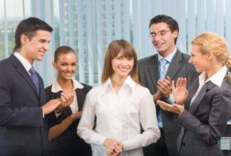 Как привлечь к себе внимание в любой компании?