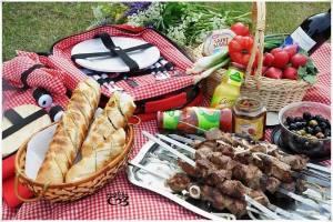 Еда и напитки для выезда на шашлыки